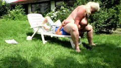 Nasty blonde BBW babe is really fond of outdoor facesitting - duration 05:09