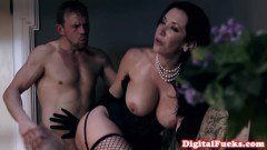 Jayden Jaymes lingeried hottie sucks and gets fucked in haunted mansion  - duration 06:59