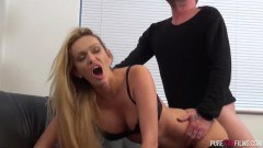 Amber Jayne cheating blonde MILF enjoys a big hard cock  - duration 07:59