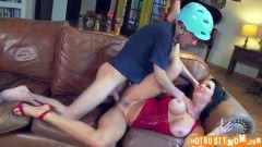 Verony Avulv squirting mommy eaten and fucked by the bicycle boy  - duration 06:19