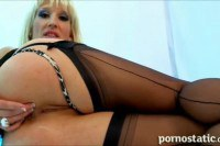 Blonde milf beauty exposing