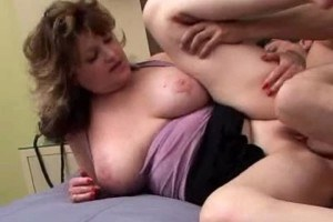 Mature pussy getting pounded