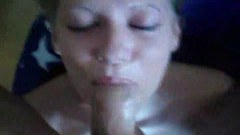 Amateur sweetheart gives great head