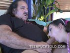 Ron Jeremy getting sucked