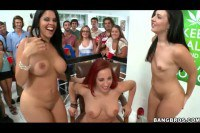 Horny babes getting licked in public