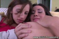 Sexy oral in this hot fff trio with teen lesbians