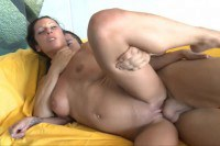 Luscious latina sucks and swallows