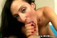 Horny brunette cougar mommy blowing tube like no other
