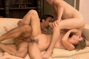 Jessie Andrews in an amazing threesome