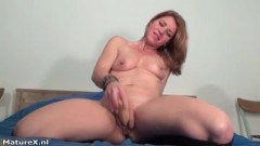 Horny milf looking for lover.