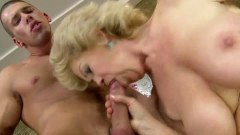 Curvy blonde granny sucks dick and gets her twat hammered