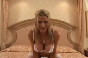Busty Emma Starr gets shared by two