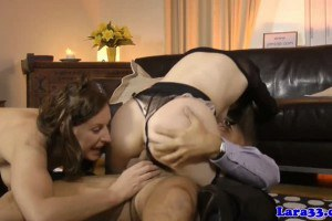 Two divas in stockings swapping some cum