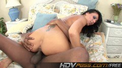 Voracious MILF Zoey Holloway takes on big black cock