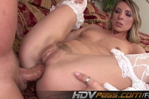Sexy babe Janet Alfano likes both vaginal and anal