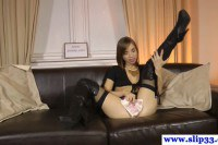 Young whore plays cash on her pussy!