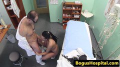 Old doctor fucking a brunette in hospital