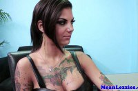 Bonnie Rotten playing in the office