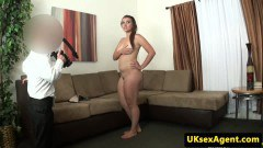 Amateur teen screwed in a casting