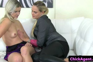 Sexy blonde making lesbian sex