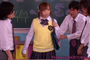Japanese schoolgirl has dongs wanked