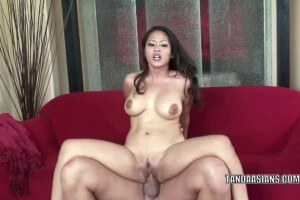 Asian slut gets banged and jizzed