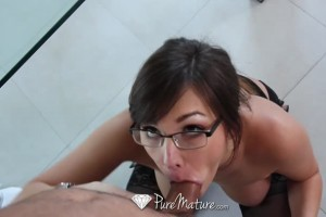 Brunette Housewife Suck And Ride Husbands Cock