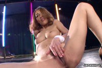 Japanese Stripper Masturbates As She Dancing On The Pole