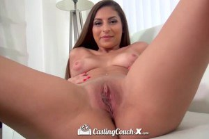 Gorgeous brunette in casting fuck