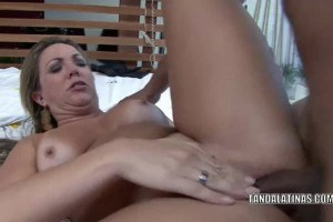 Tattooed Latina wife drilled from behind