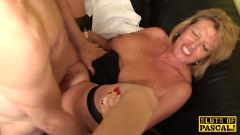 Mature British whore in hard fuck