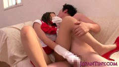 Sweet Nippon schoolgirl gives a dreamy assjob