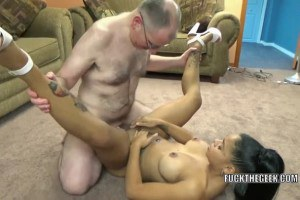 Round ass Latina hottie getting fucked by her new boyfriend