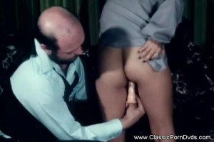 MILF from 70's gets her hairy pussy toyed by a guy