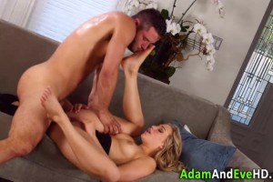 Glam babe on high heels pussy eaten and fucked by lover