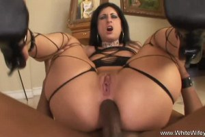 Alluring slut got her anus worshipped and wrecked