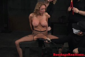 Busty sub gets her jugs canned and dripped with hot candle wax