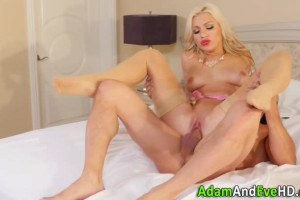 Glamorous mature blonde gets her pussy wrecked