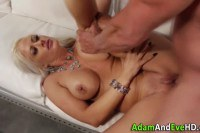 Classy blonde babe fucked and mouth jizzed by lucky guy
