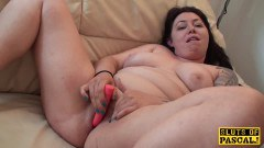 Inked BBW masturbating - duration 09:59