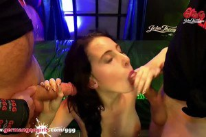 Lia Louise collects cumshots all over her pretty face