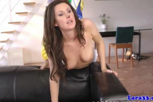 Lara Latex British mature fucked and fingered by a clown