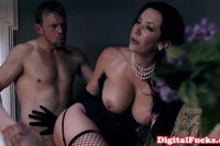 Jayden Jaymes lingeried hottie sucks and gets fucked in haunted mansion