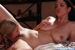 Scarlett Sage has lesbian sex with stepmom Jelena Jensen