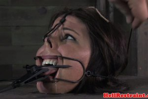 Restrained sex slave is about to have her fantasies put to the test