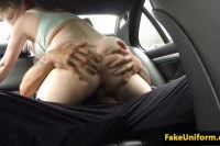 Pulled Britt pink hair whore pussyfucks officer on the backseat