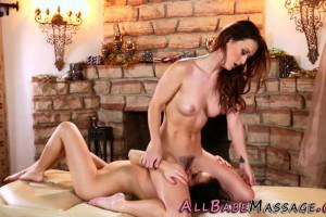 Karlie Montana sizzling hot redhead climaxes when pussyeaten by masseuse Megan Rain