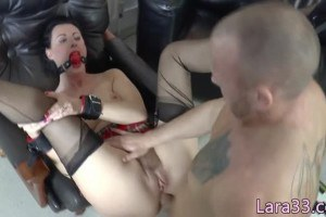 Lara Latex role playing British mature analfucked by military hunk while gagged