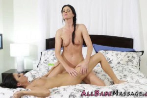 India Summer gorgeous MILF tribes stepsister Nikki Daniels after massage