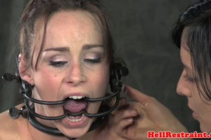 Lesbian slave analy hooked while hairpulled